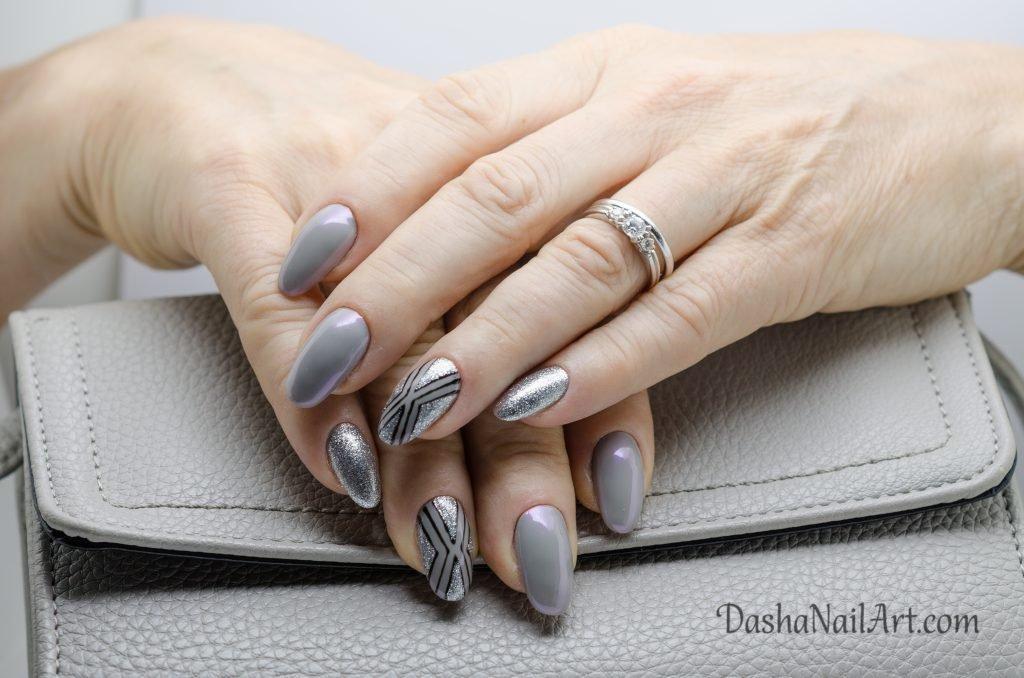 Elite chrome gray nails