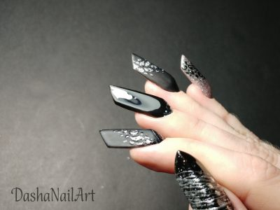 Edge nails in black & silver with leopard print