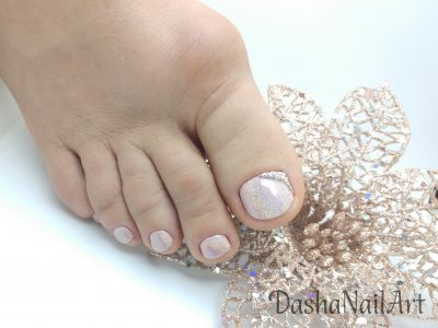 Elegant Holographic pink chrome toes pedicure with diamonds