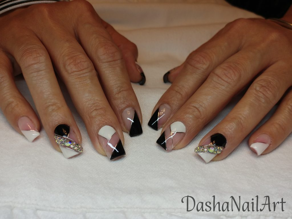 Elegant black & white nails classy business design with stones