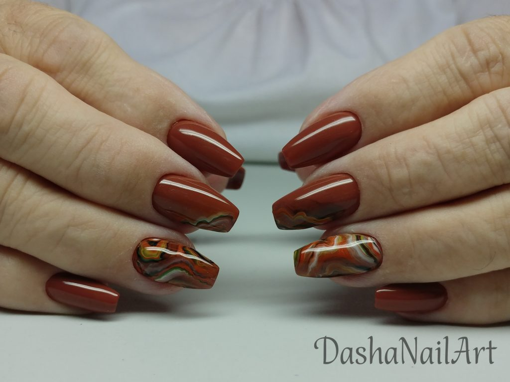 Natural stone effect coffin nails in brown