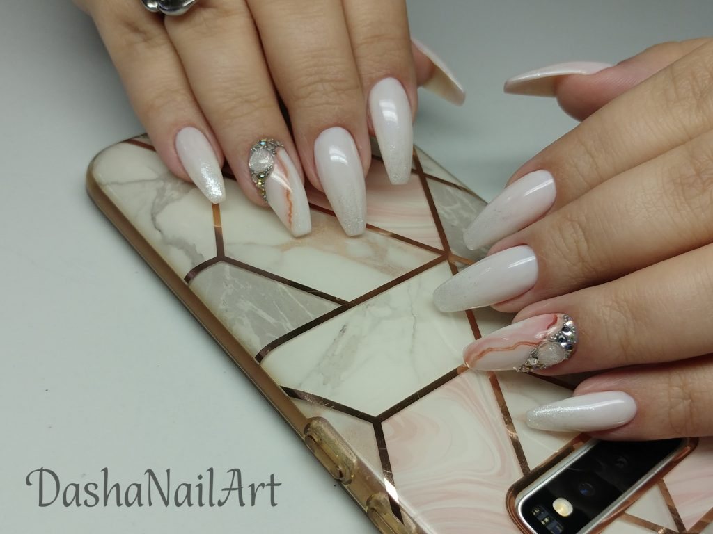 Royal marble milky white nails with natural stone effect and diamonds