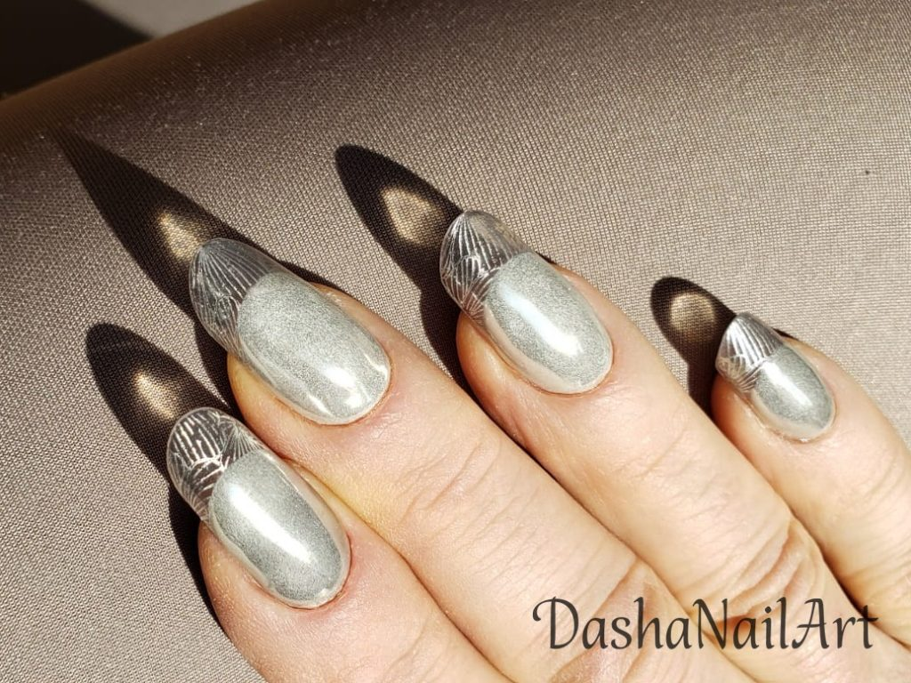 Luxury Metallic clear french tips nails