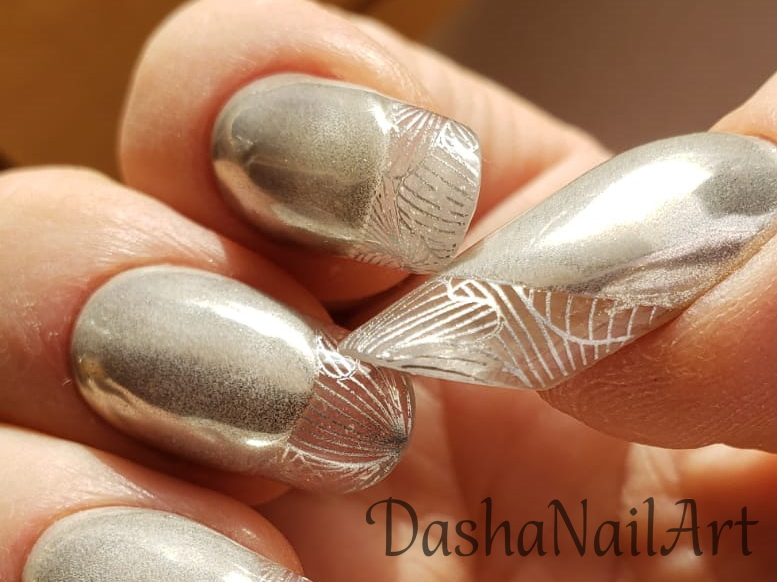 Modern arch almond Metallic clear french tips nails