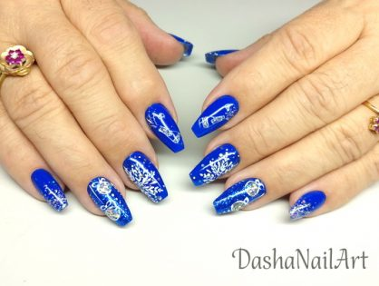 New Year nails in blue