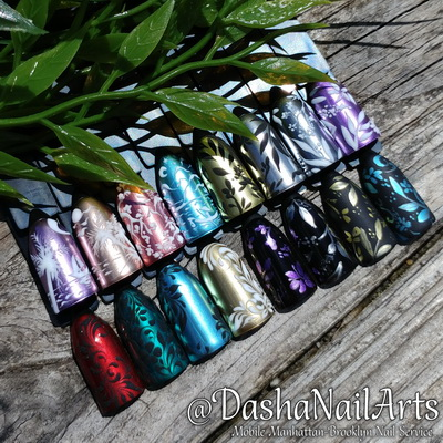 Metallic nail designs with 3D patterns