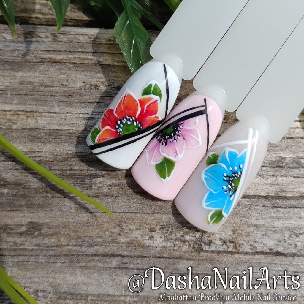Flower nail art with graphic design