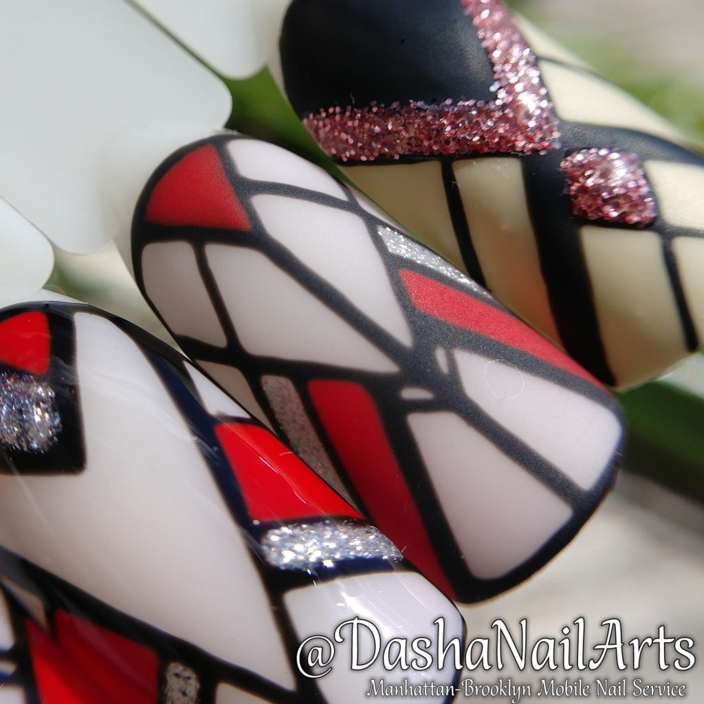Stained-glass graphic nails