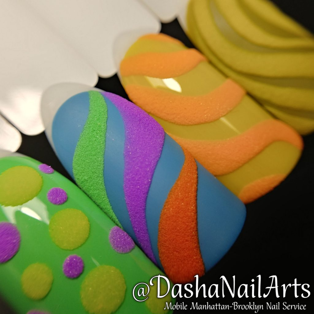 Funny 3D nails with rainbow patterns