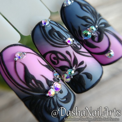 3D nails with floral pattern designs