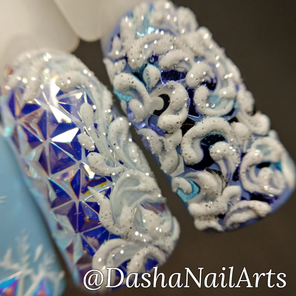 Winter nails with frost patterns