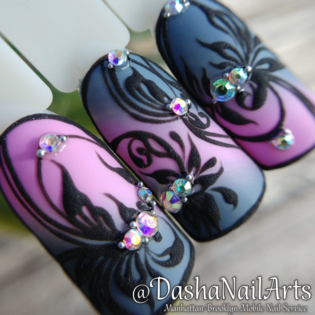 Pink grey Ombre 3D nails with flower patterns