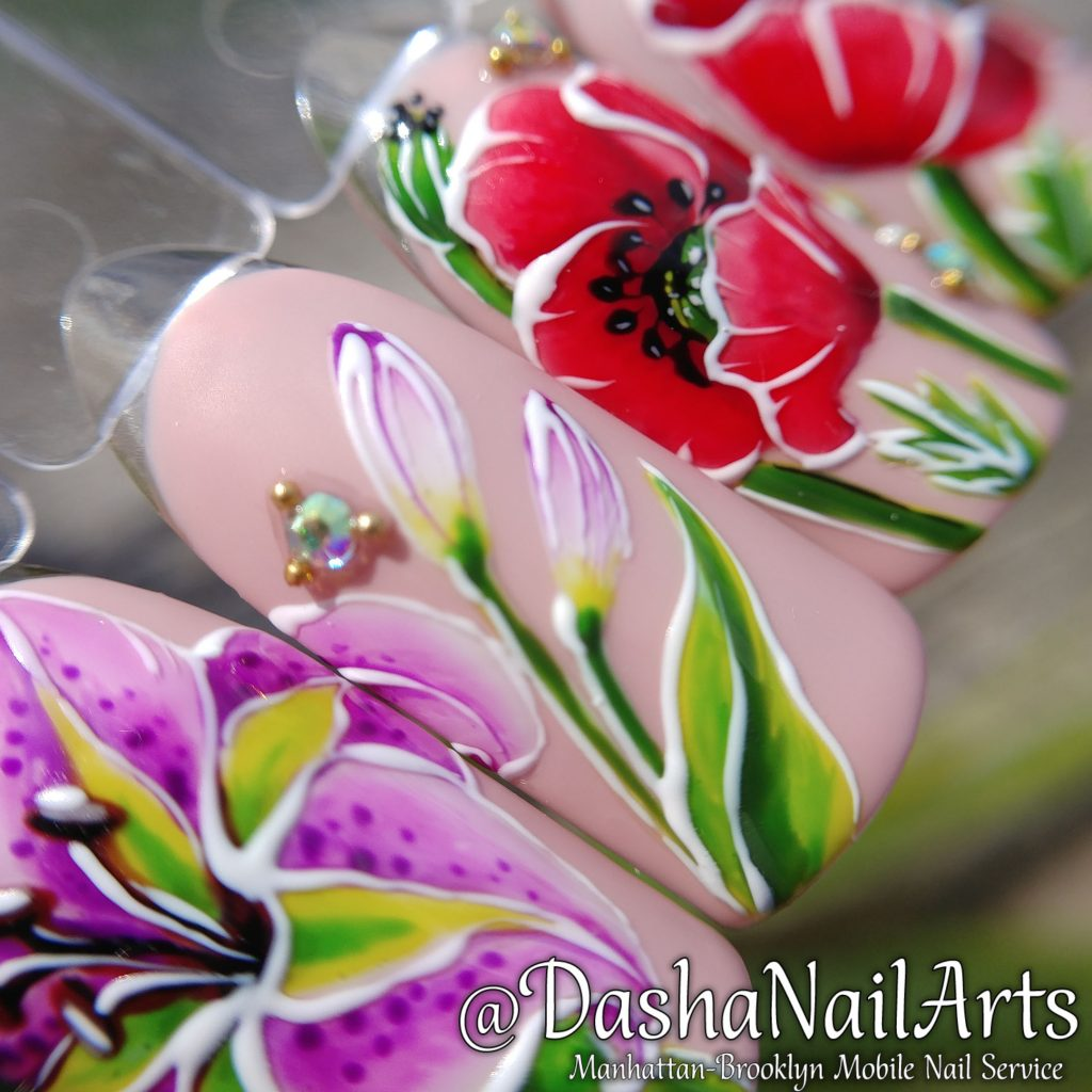 Lilac and poppyseed flower nail design