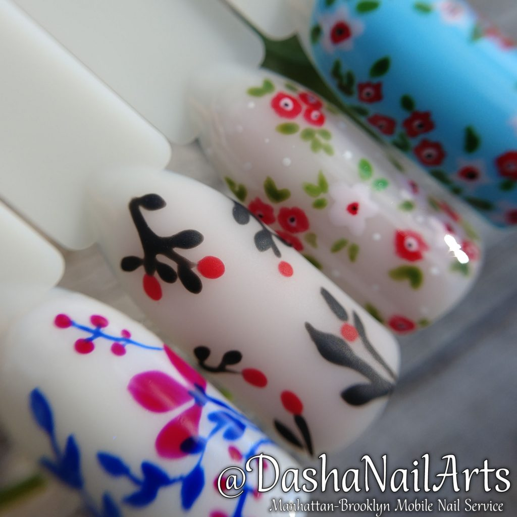 Floral pattern nails